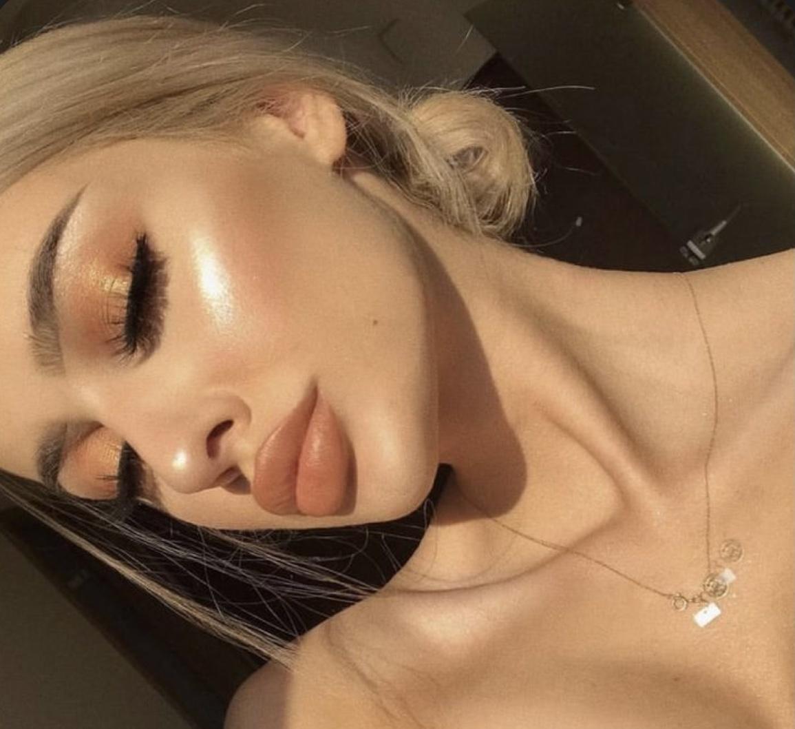 make up 2021